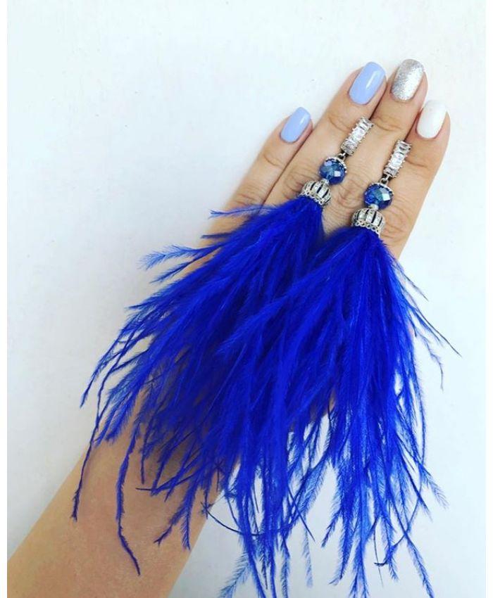 Серьги из перьев синие и ювелирной фурнитуры