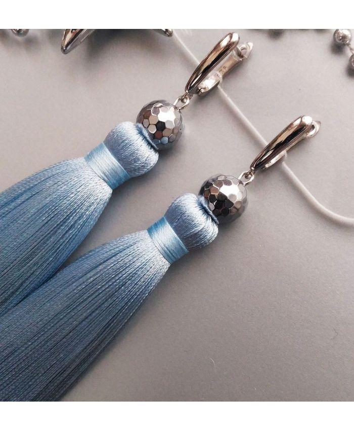 "Серьги кисти ""Идеал"" голубой шелк длина 8 - 14 см"