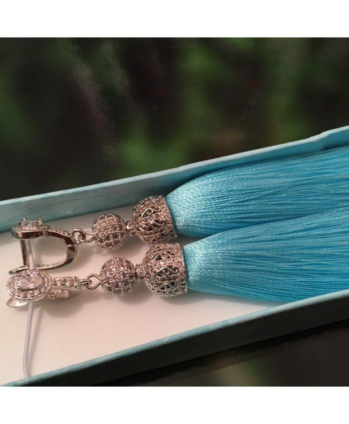Серьги кисточки голубой шелк длина 8 - 14 см
