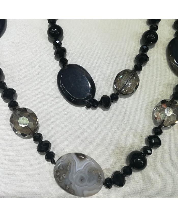 Бусы агат и чешского стекла, черные серые камни длина 90 см