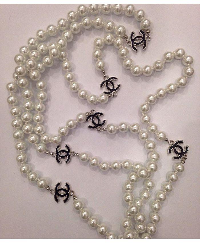 Классические бусы Chanel белая 200 см