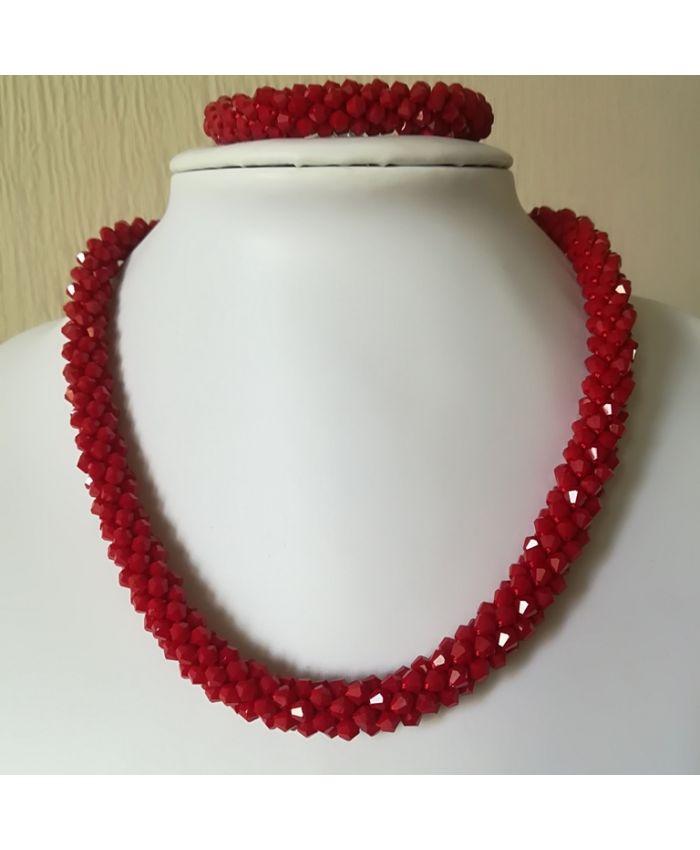 Красные бусы браслет из чешского стекла длина 45 см
