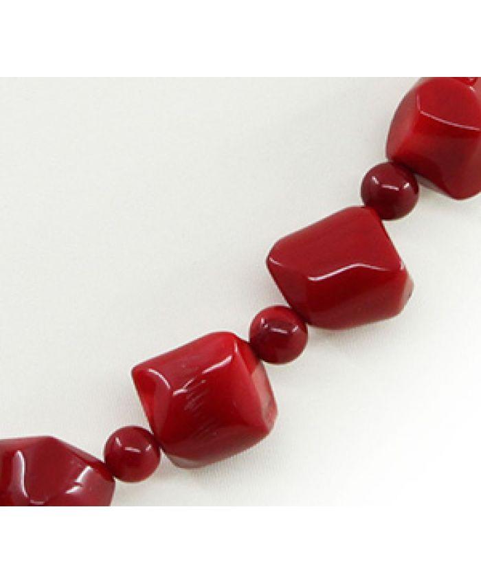 "Бусы из красного коралла ""Коррида"", косточки и кубики, длина 45см"