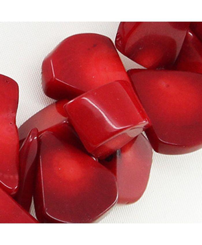 Бусы из коралла красного, галька плоская в виде капли, короткие 45см