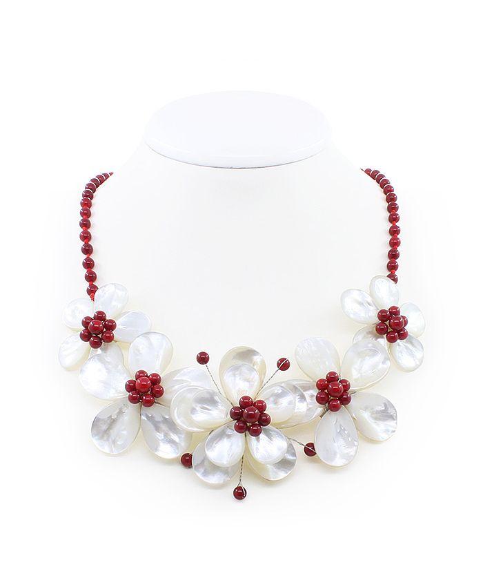 """Колье перламутр белый с кораллом красным натуральным""""Фиалки"""", 5 цветков, среднее 58см"""