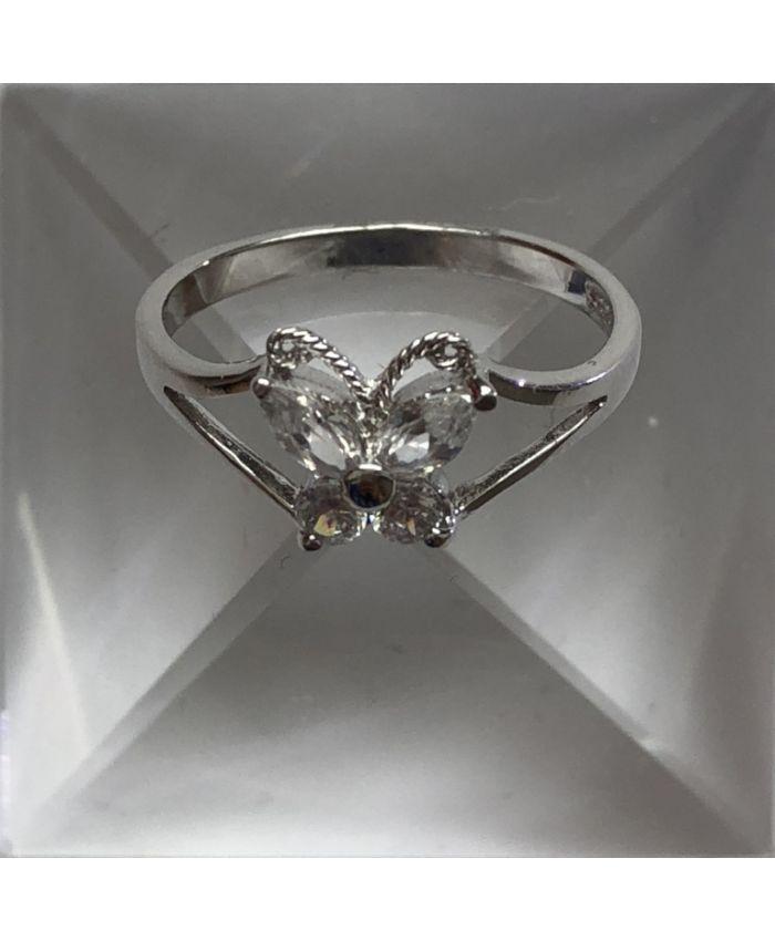 Кольцо с цирконом из серебра бабочка