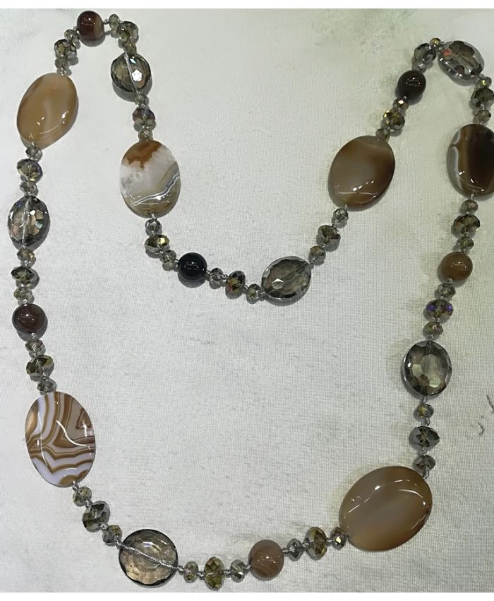 Бусы агат и чешского стекла, кремовые камни длина 120 см