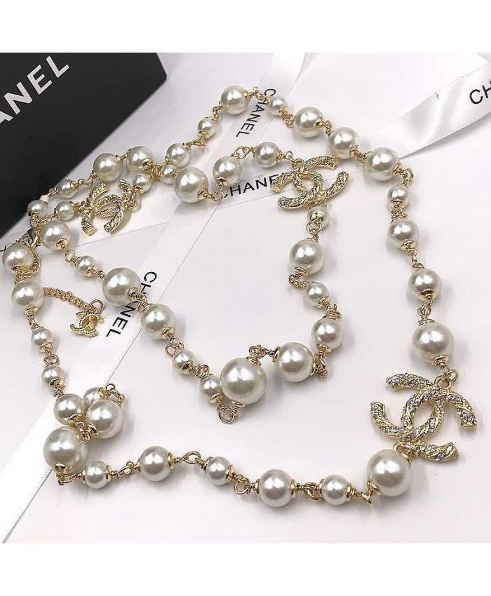 Классические бусы Chanel белая 90 см