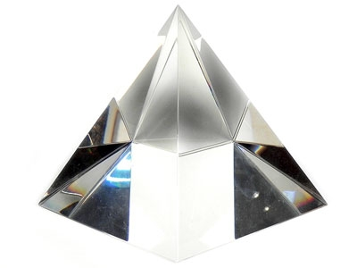 Хрустальная пирамида купить